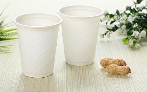 制杯机-浅谈环保玉米淀粉杯子发展前景